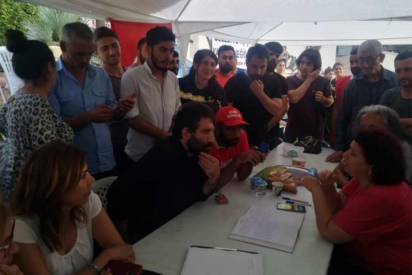 TİP Milletvekili Barış Atay Aliağa Belediyesi işçilerini ziyaret etti