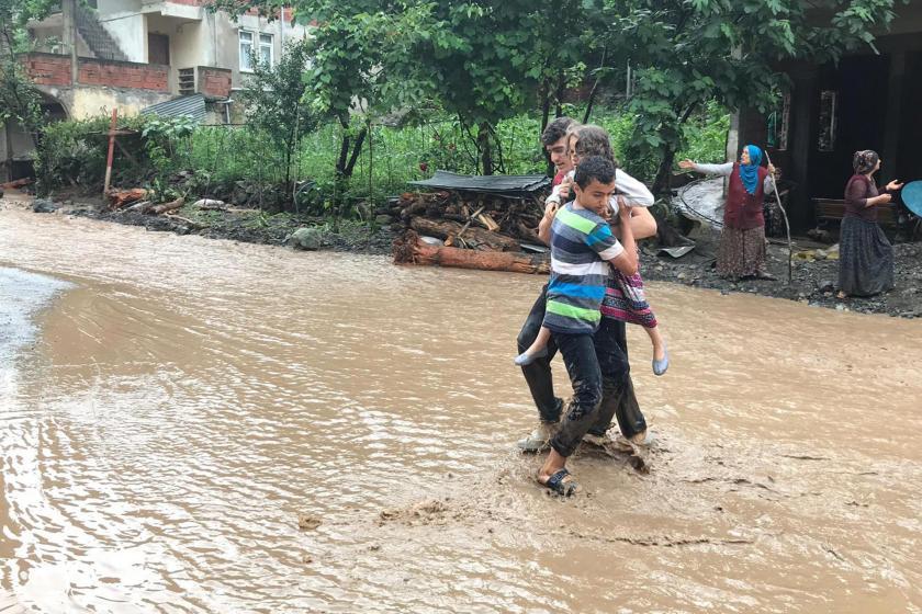 Trabzon Araklı'daki selde 8 kişi öldü, 2 kişi kayıp