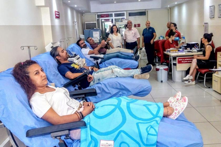 Gazetecilerden ikil nakli bekleyenler için kök hücre bağışı kampanyası