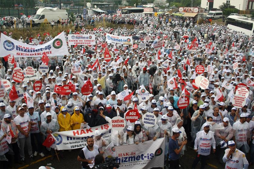 Hak-İş'in yürüyüşü CHP genel merkezi önünde sona erdi