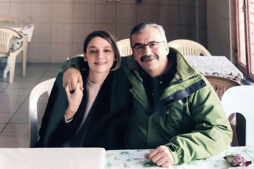 Sırrı Süreyya Önder'in kızı: Babam niye cezaevinde biliyor musunuz?