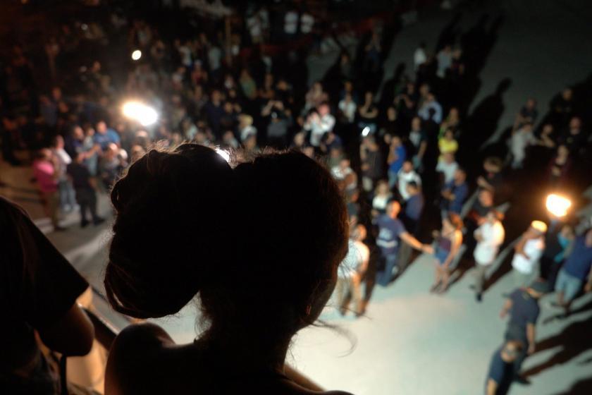 """İtalya'da tutuklanan Kaptan Carola Rackete için """"serbest bırakılsın"""" kararı"""