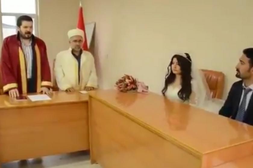 Ağrı Belediye Başkanı Savcı Sayan belediyede imam nikahı kıydırdı