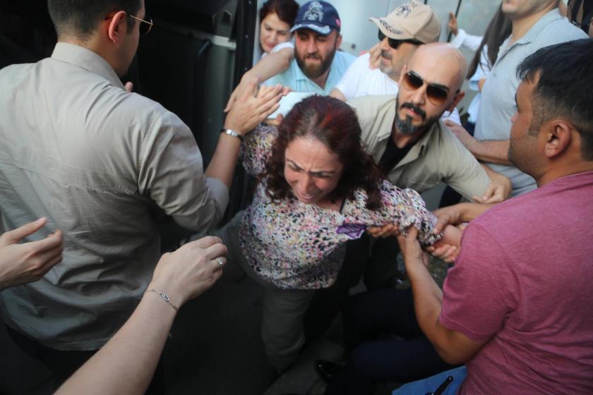 Gözaltına alınan ve polislerce darbedilen HDP'liler suç duyurusunda bulunacak