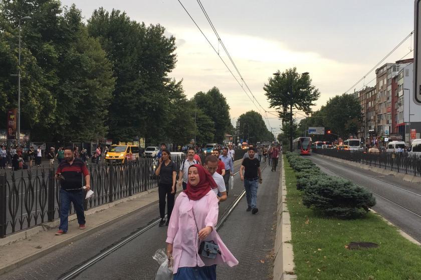 İstanbul'da tramvay arızalandı, seferler aksadı