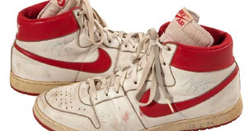 Jordan'ın ayakkabıları açık artırmada