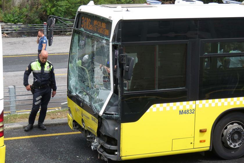İETT metrobüs kazalarını masaya yatırdı: Sürücülere verilen eğitim gözden geçirilecek