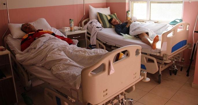 Kobanê'den gelen yaralıların tedavi gördüğü merkeze polis baskını
