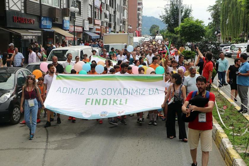 Fındıklı Yeşil Altın Gümüş Deniz Festivali kortej yürüyüşüyle başladı