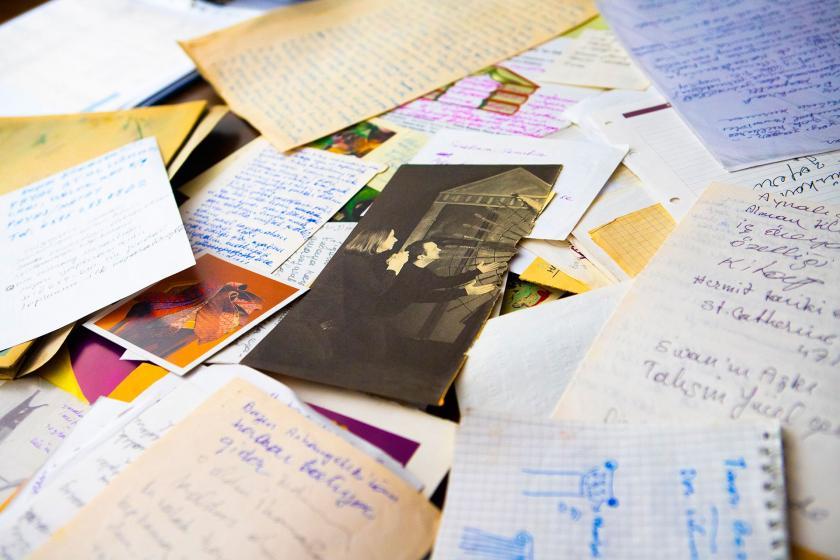 Leyla Erbil'in kişisel arşivi dijital ortama aktarılıyor