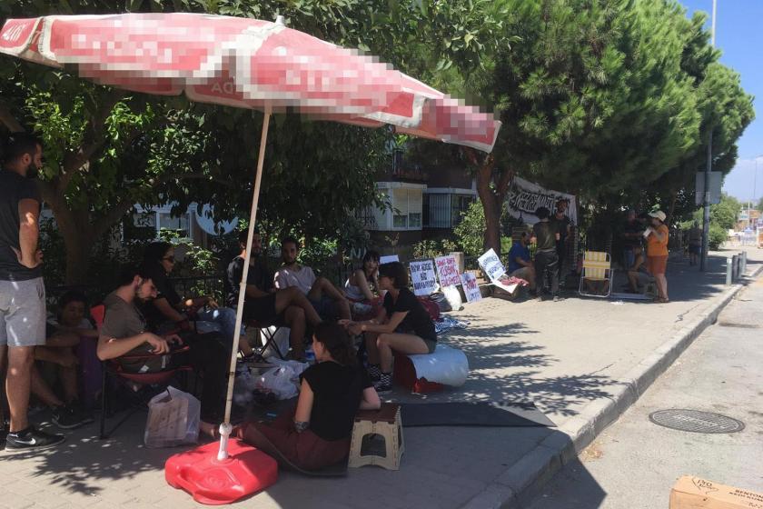 DEÜ GSF öğrencileri Narlıdere Kampüsü'nde nöbete başladı