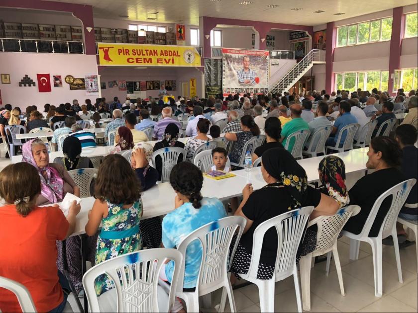 """Malatya'da """"103 Korkmaz Barış Elçilerimizi Anıyoruz"""" şiarıyla bir araya gelindi"""
