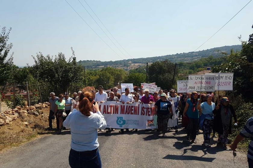 Orhanlar köyünde maden ocağına karşı yürüyüş düzenlendi