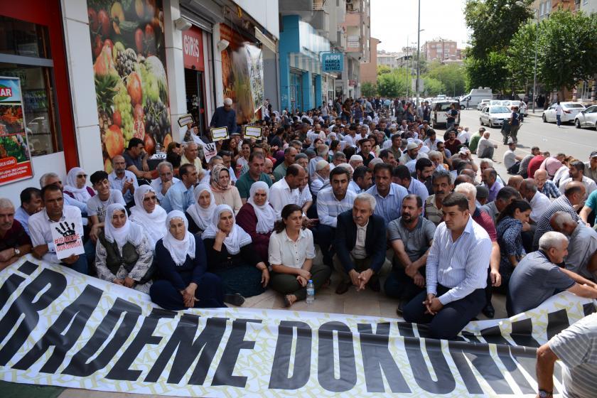 Nöbet eylemleri 12. gününde: Halk kayyumları bir kez daha Ankara'ya gönderecek