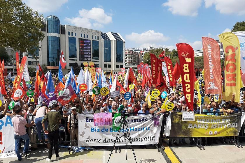 İstanbul'da Dünya Barış Günü mitingi: Demokrasiyi ve barışı birlikte savunacağız