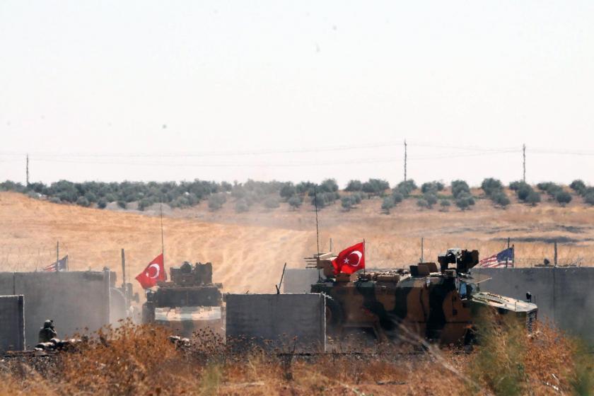 Fırat'ın doğusu için hazırlık: Koalisyon güçleri çekildi, ÖSO tatbikat yaptı