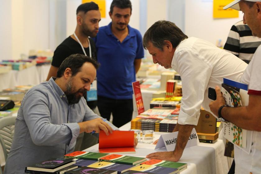 """Maltepe Belediyesi Kitap Fuarı, """"Edebiyatın Eylül Durağı"""" sloganıyla kapılarını açtı"""