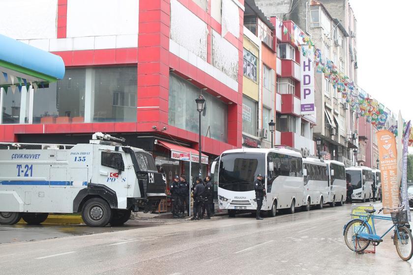 Adana Valiliği kayyum eylemlerini 3'üncü kez yasakladı