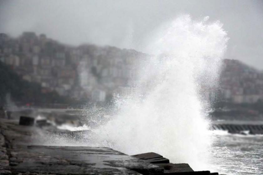 Meteoroloji'den şiddetli rüzgar uyarısı
