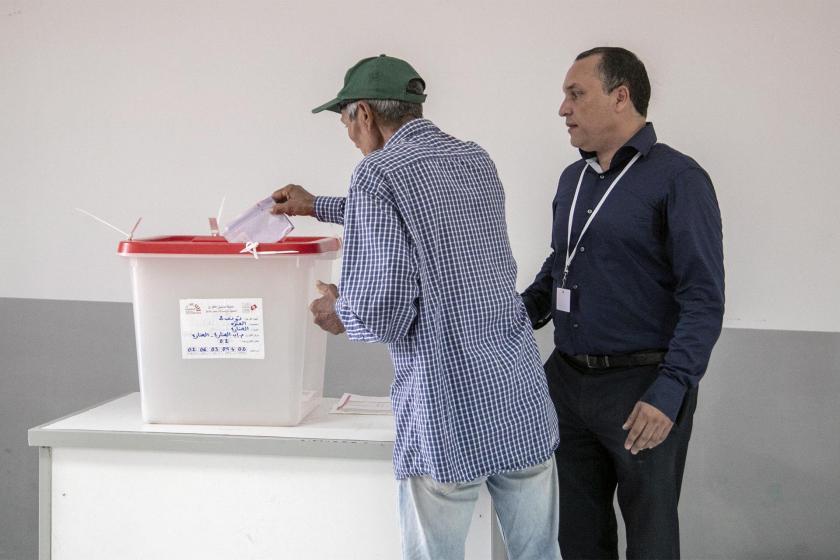 Tunus'ta cumhurbaşkanlığı seçimine ilk turda katılım düşük oldu