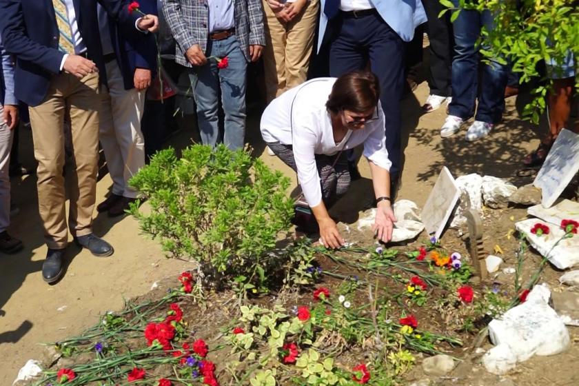 Tuncel Kurtiz, ölümünün 6'ncı yıl dönümünde mezarı başında anıldı