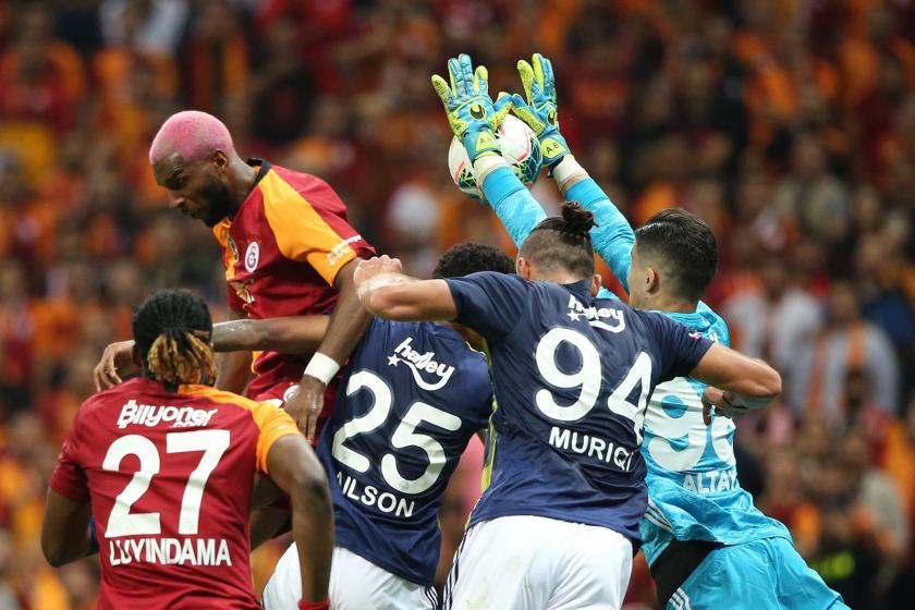 Galatasaray ve Fenerbahçe 0-0 berabere kaldı