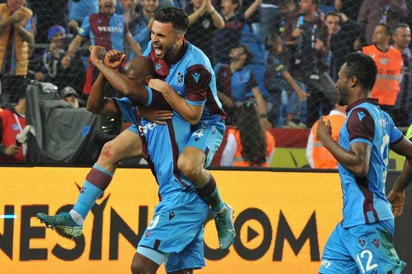 Trabzonspor, Beşiktaş'ı kendi evinde 4-1 mağlup etti
