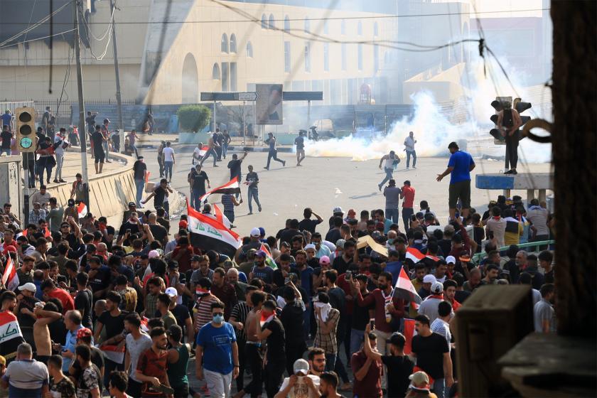 Irak'ta hükümet protestosuna saldırı: 3 ölü, 60 yaralı