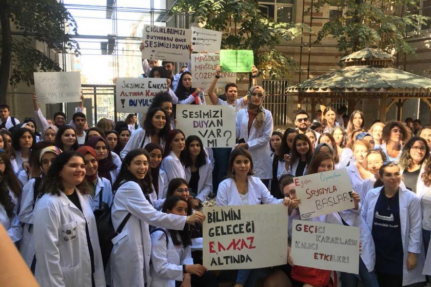 İÜ Moleküler Biyoloji ve Genetik öğrencileri: Mağduriyeti mağdur ederek çözemezsiniz!