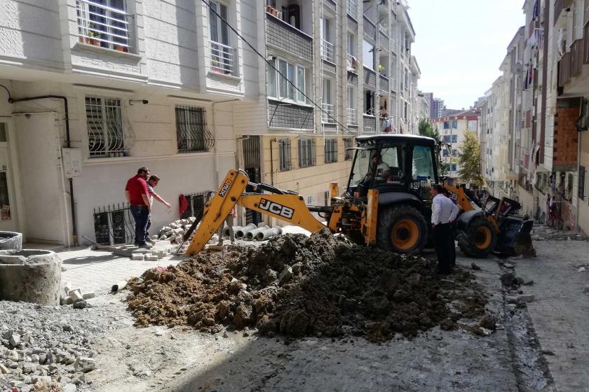 Esenyurt'ta yol çalışması sırasında göçük: 1 işçi yaralandı