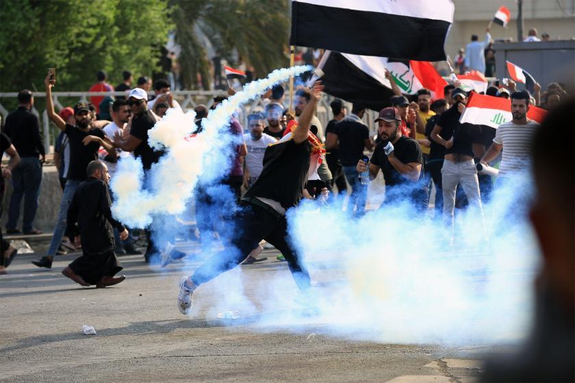 Irak'ta hükümet eylemcilerin temsilcileriyle görüştü