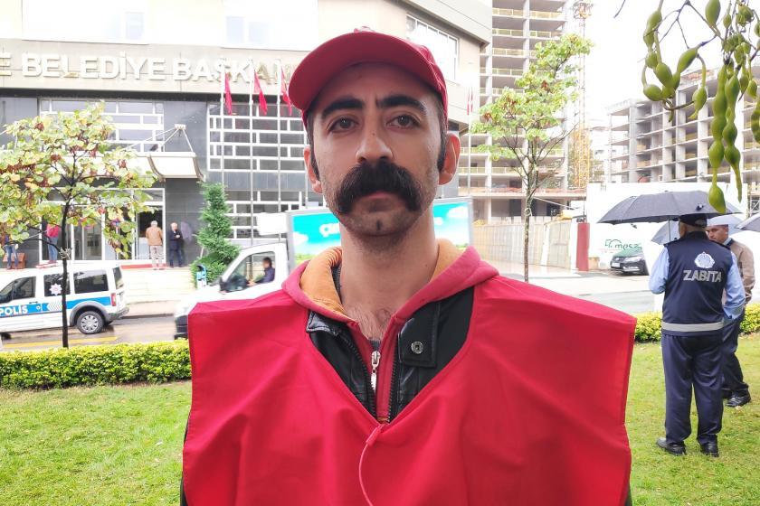 Maltepe Belediyesi önünde direnen işçi belediyenin şikayeti üzerine gözaltına alındı