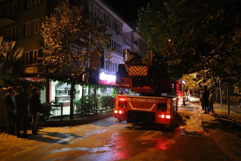 Yangın söndürme malzemeleri satan işyerinde çıkan yangında 1 kişi öldü