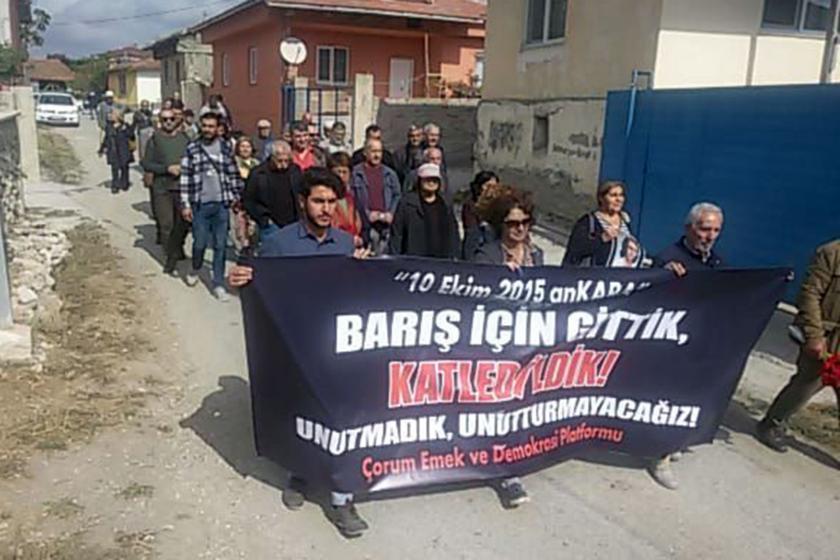 10 Ekim Katliamı'nda yaşamını yitiren Emine Ercan mezarı başında anıldı