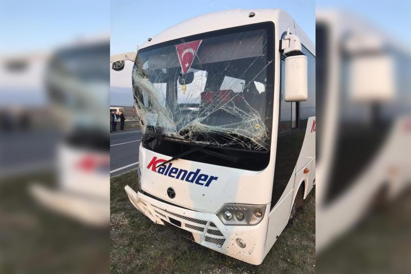 Lüleburgaz'da işçi servisleri çarpıştı: 17 işçi yaralı