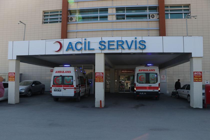 Niğde'de tarım işçilerini taşıyan minibüs devrildi: 13 yaralı