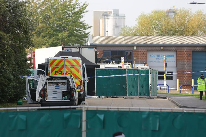İngiltere'de tırda 39 ceset bulunmasıyla ilgili 1 kişi daha gözaltında