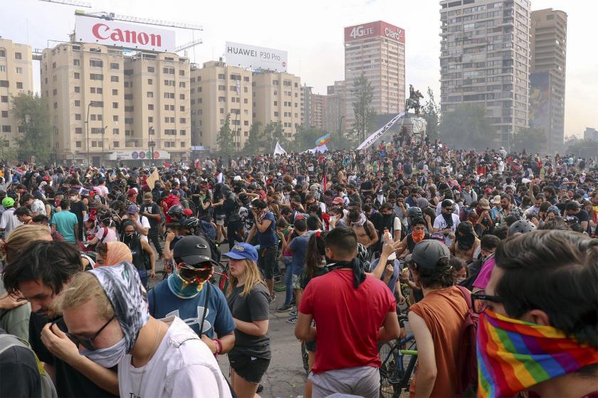 Şilililer kalıcı çözüm istiyor: Halkın yüzde 90'ı kırıntı için savaşıyor