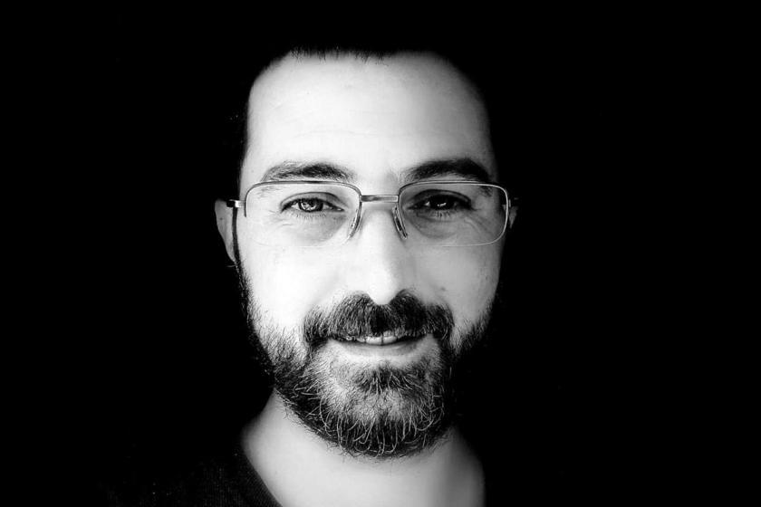 Kavgayı ayırmak isteyen eski gazeteci Barış Bektaş bıçaklanarak öldürüldü