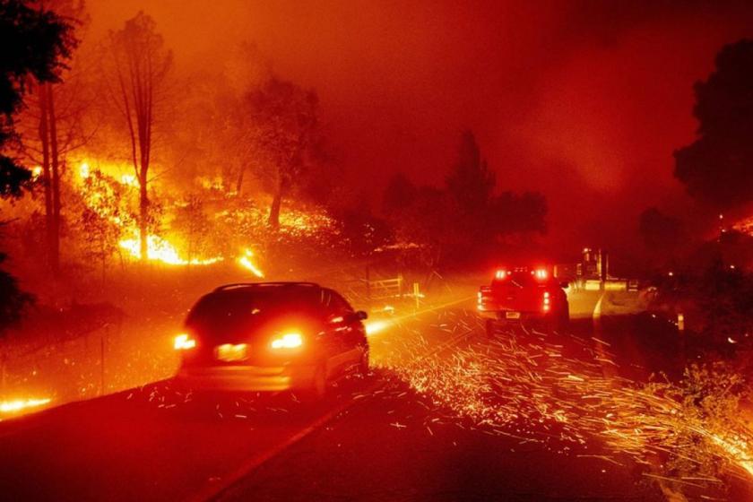 ABD'nin Kaliforniya eyaletindeki yangınlar durdurulamıyor