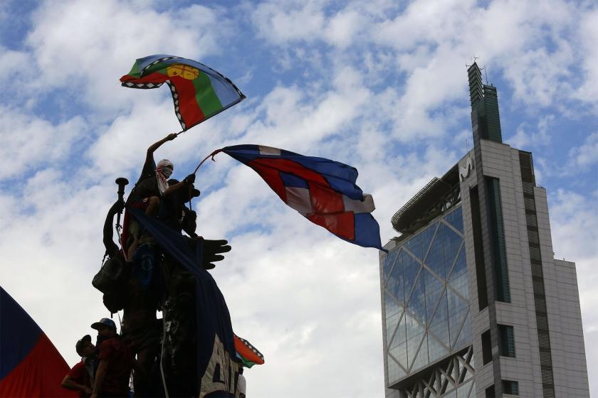 Şili'de 8 bakanın istifası halkın taleplerini karşılamadı: Protestolar sürüyor