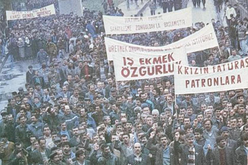 1990'lı yıllarda Zonguldak'ta gerçekleştirilen bir madenci yürüyüşü