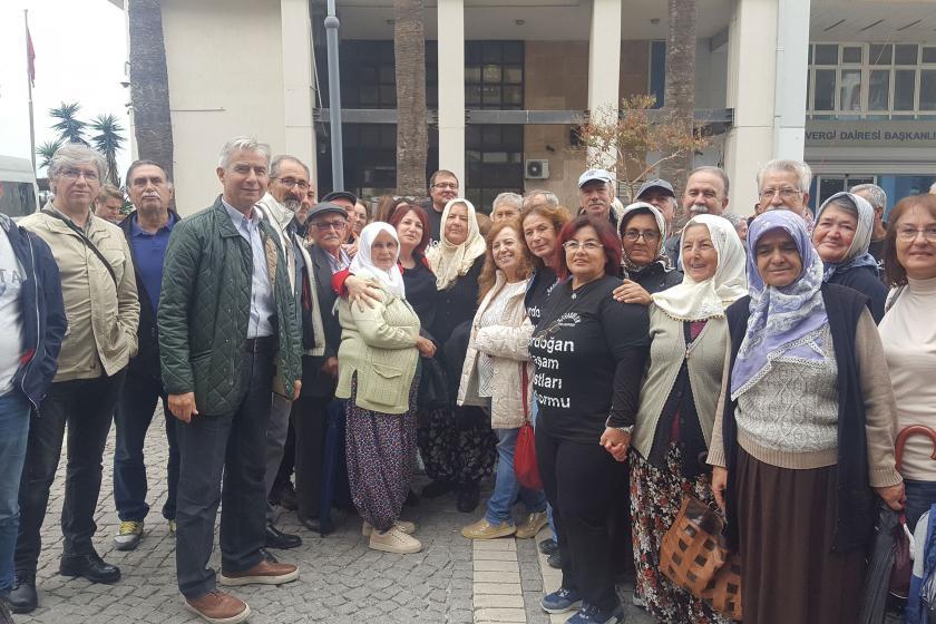 İzmir'de JES ihalesine karşı çıkan yurttaşlar