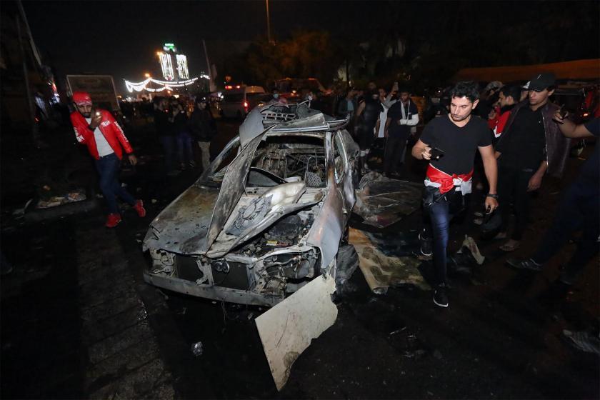 Tahrir Meydanı yakınlarında patlatılan araç
