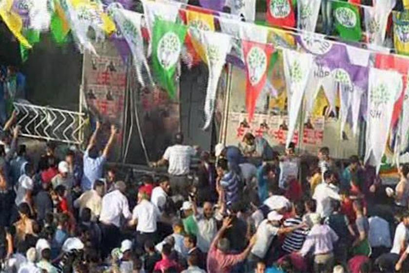 HDP mitingine dönük bombalı saldırı sonrası olay yeri