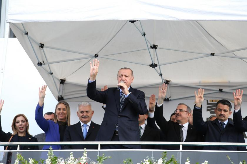 İzmir'de halka seslenen Erdoğan,