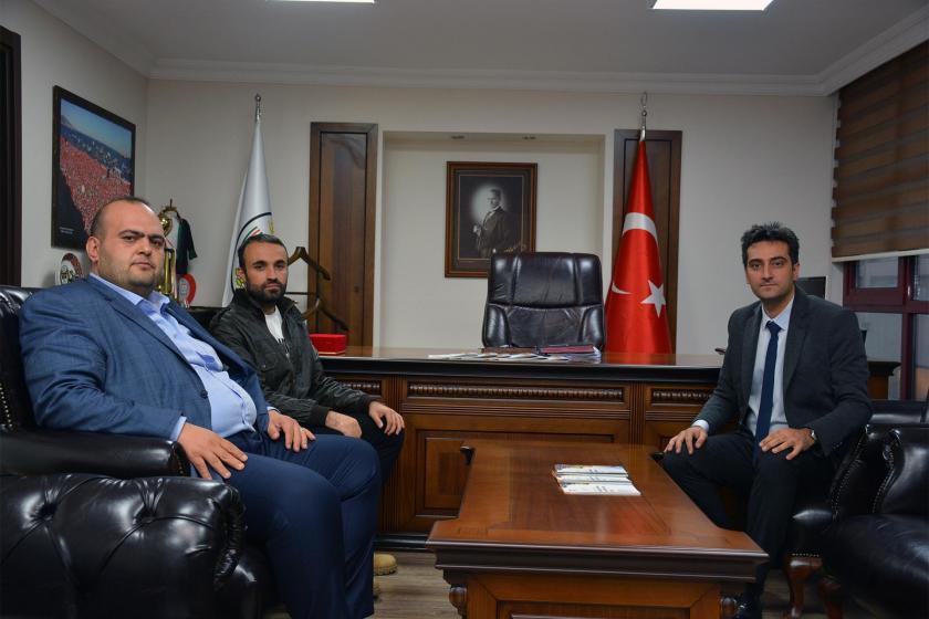 İzmir Barosu Yöneticileri ile görüşen Alevi aile