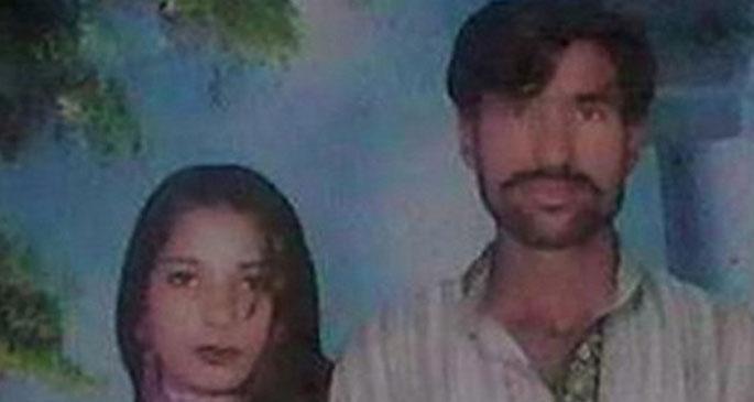 Pakistan'da iki Hıristiyan, linç edilerek yakıldı
