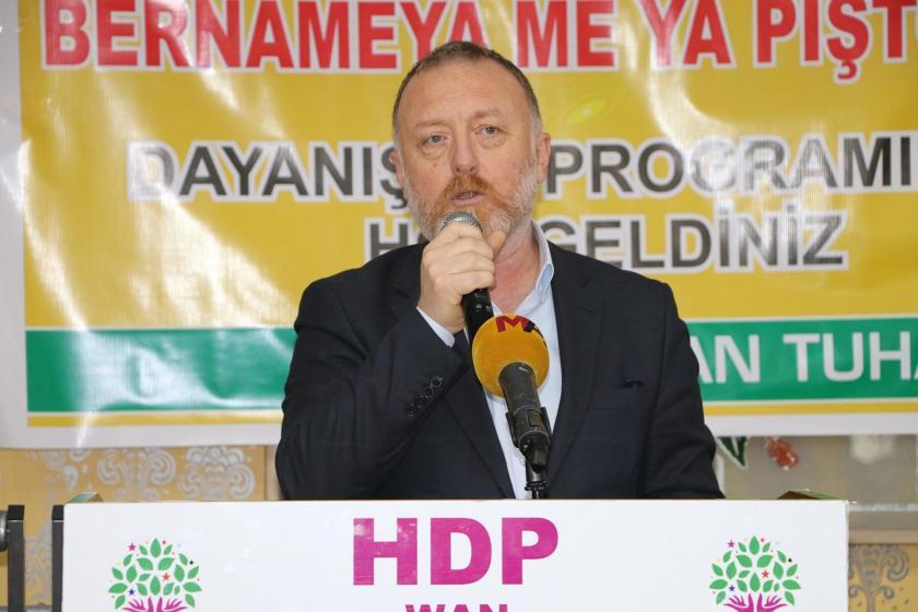 HDP Eş Genel Başkanı Sezai Temelli, katıldığı etkinlikte konuşurken
