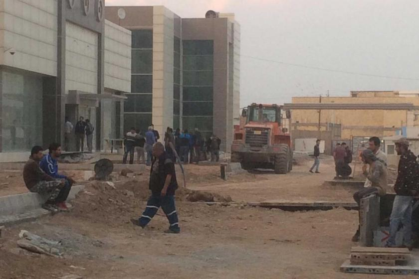 Irak'ta faaliyet yürüten Universal Acarsan Şirketi'nin Acarsan Şirketi'nin hastane şantiyesi